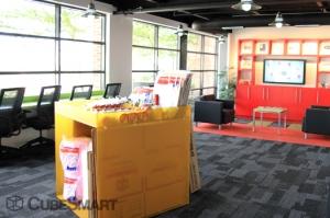 CubeSmart Self Storage - Houston - 1019 W Dallas St - Photo 8