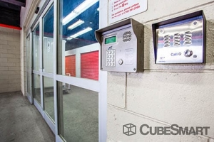 Image of CubeSmart Self Storage - Bronx - 1816 Boston Rd Facility on 1816 Boston Rd  in Bronx, NY - View 4