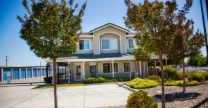 Central Self Storage - Pleasanton - Photo 3
