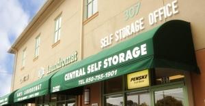 Central Self Storage - Daly City - Photo 8