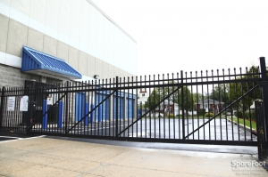 Image of Central Self Storage - Island Park Facility on 4055 Austin Blvd  in Island Park, NY - View 3