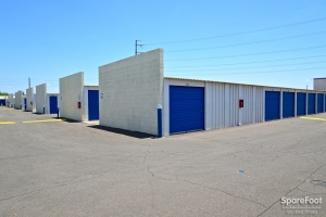 Central Self Storage - Cactus - Photo 7