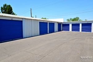 Central Self Storage - Cactus - Photo 8