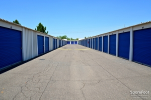 Central Self Storage - Cactus - Photo 10