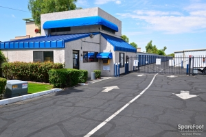 Central Self Storage - 67th Ave - Photo 2