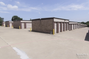 Image of Macho Self Storage - Red Oak Facility on 201 Brothers Blvd, Ste 201  in Red Oak, TX - View 4