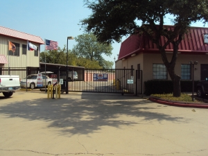 Image of Macho Self Storage - Denton Facility on 525 Fort Worth Dr  in Denton, TX - View 4