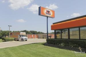 Image of Macho Self Storage - Dallas Facility at 1750 W Northwest Hwy  Dallas, TX