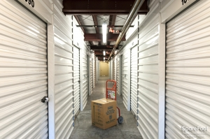 Picture of Auburn Express Storage