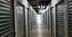 Central Self Storage - Strang Line - Photo 3