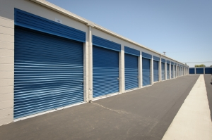 Security Public Storage - Huntington Beach - Photo 7