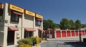 Security Public Storage - Martinez