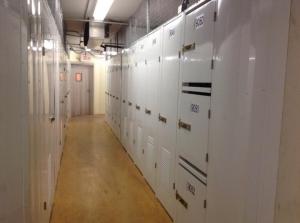 Life Storage - Miami - Southwest 81st Terrace - Photo 6