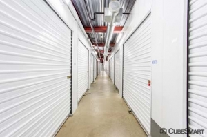 Image of CubeSmart Self Storage - Mansfield - 1871 Country Club Dr Facility on 1871 Country Club Dr  in Mansfield, TX - View 4