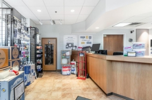 Image of Life Storage - Lake Forest Facility at 1400 S Skokie Hwy  Lake Forest, IL