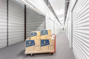 Image of Life Storage - Schaumburg Facility at 1401 N Plum Grove Rd  Schaumburg, IL