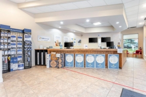 Image of Life Storage - Schaumburg Facility on 1401 N Plum Grove Rd  in Schaumburg, IL - View 2