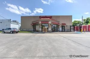 Image of CubeSmart Self Storage - Houston - 15707 Bellaire Blvd Facility at 15707 Bellaire Blvd  Houston, TX