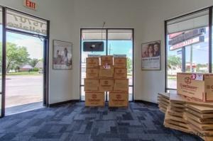 Image of CubeSmart Self Storage - Houston - 15707 Bellaire Blvd Facility on 15707 Bellaire Blvd  in Houston, TX - View 3
