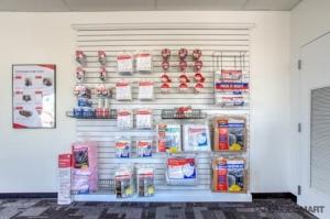 Image of CubeSmart Self Storage - Houston - 15707 Bellaire Blvd Facility on 15707 Bellaire Blvd  in Houston, TX - View 4