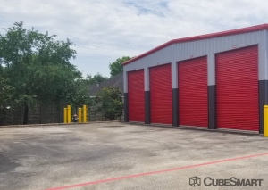 Image of CubeSmart Self Storage - Pearland - 1919 E Broadway St Facility on 1919 E Broadway St  in Pearland, TX - View 3