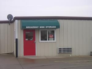 Broadway Mini Storage - South Ninth