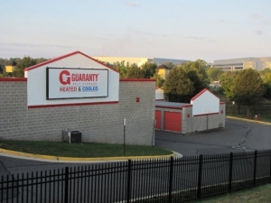 Guaranty Self Storage - Chantilly - Photo 4
