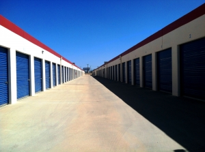 RightSpace Storage - Victorville - Photo 3