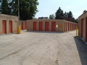 Image of Mr. Storage - Roxborough Facility at 6758 Ridge Avenue  Philadelphia, PA