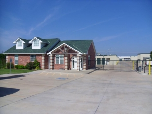 SecurCare Self Storage - Norman - Research Park Blvd.
