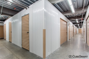 CubeSmart Self Storage - Denver - 6150 Leetsdale Dr - Photo 5