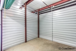 CubeSmart Self Storage - West Hempstead - Photo 9