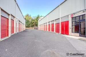 Image of CubeSmart Self Storage - Somerset - 1100 Easton Ave Facility on 1100 Easton Ave  in Somerset, NJ - View 3