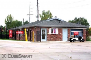 Image of CubeSmart Self Storage - Denver - 1390 S Valentia St Facility on 1390 S Valentia St  in Denver, CO - View 2