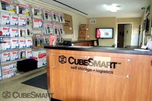 CubeSmart Self Storage - Aurora - 1800 South Chambers Road - Photo 8