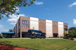 Image of Life Storage - Atlanta - Briarwood Road Facility at 1890 Briarwood Rd NE  Atlanta, GA