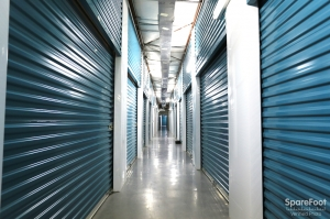 Picture of BullsEye Storage - Airline