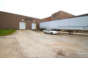 Image of A Best Self Storage Facility on 2333 Wisconsin St  in Downers Grove, IL - View 3