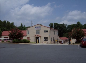 Image of American Store & Lock #2 Facility on 1221 N Wendover Rd  in Charlotte, NC - View 2