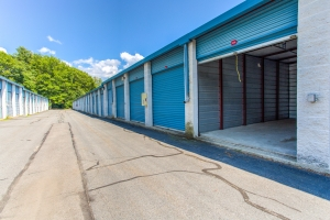 Merveilleux Simply Self Storage   Chelmsford, MA   Glen Ave