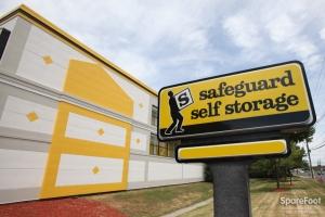 Safeguard Self Storage - Mountainside - Photo 2