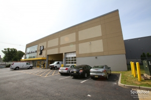 Image of Safeguard Self Storage - Elizabeth Facility on 140 Spring Street  in Elizabeth, NJ - View 3