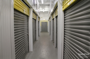 Safeguard Self Storage - Chicago - South Loop - Photo 8
