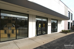 Safeguard Self Storage - Lombard - Photo 2