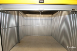Safeguard Self Storage - Addison - Lake Street - Photo 13