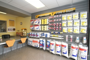 Safeguard Self Storage - Addison - Lake Street - Photo 6