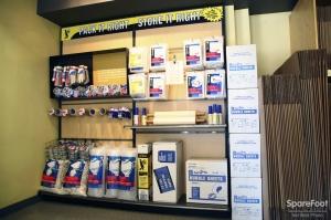 Safeguard Self Storage - Richmond Hill - Photo 6