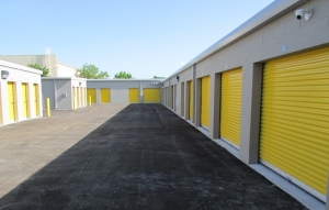 Safeguard Self Storage - Miami - Miami Gardens - Photo 4