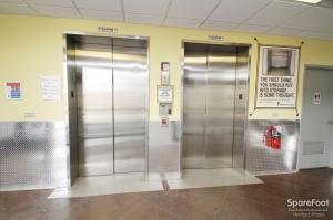 Safeguard Self Storage - Bridgeview - Photo 10
