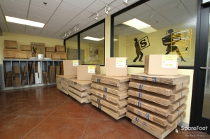 Safeguard Self Storage - Bridgeview - Photo 7